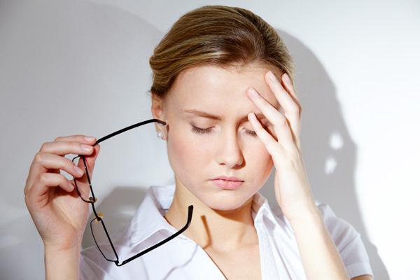 căng thẳng stress là nguyên nhân gây mụn